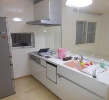 http://toshokensetsu.jp/works/kitchen/20150925/155/