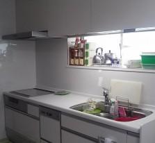 http://toshokensetsu.jp/works/kitchen/20150925/119/